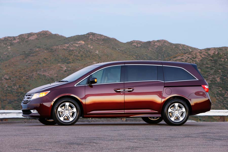 Honda Odyssey Minivans Recalled for Back Seat Issue