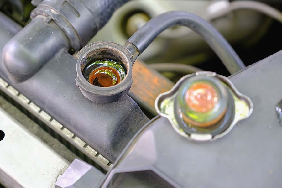 Radiator Problems: Dealing with a Leaking Radiator